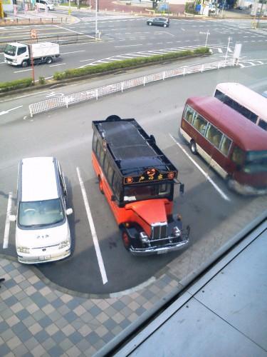 温泉宿「戸田家」のレトロな送迎車