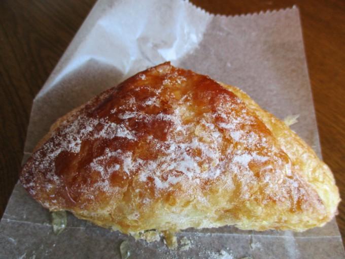 松江出雲で人気のパン屋森のくまさんフランスクロワッサン