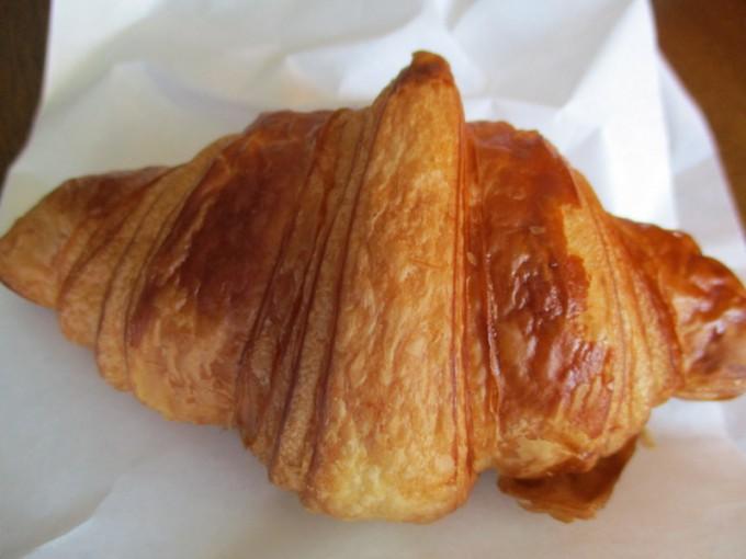 松江出雲で人気のパン屋森のくまさんクロワッサン
